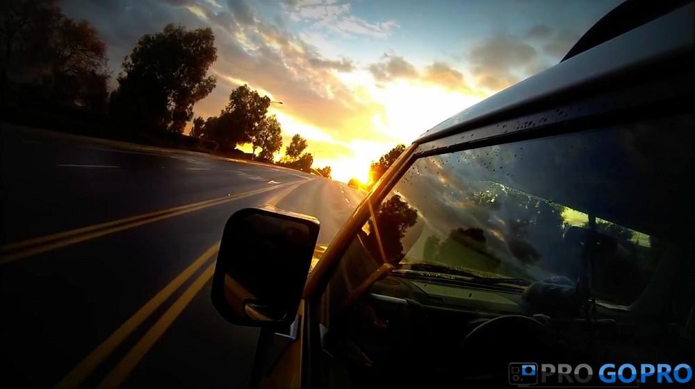 GoPro_Hero_3_Black_Edition камера прикреплена к машине